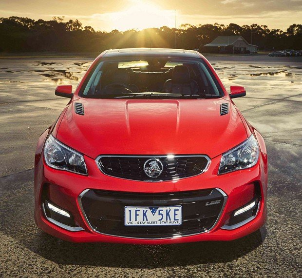 2016_holden_commodore_7