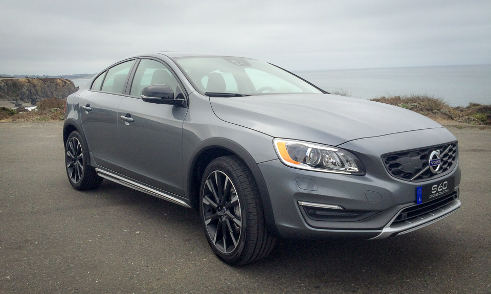 first drive review 2016 volvo s60 cross country 95 octane. Black Bedroom Furniture Sets. Home Design Ideas