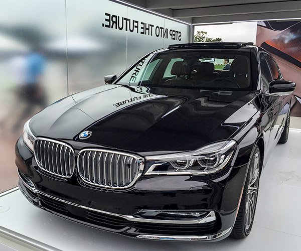 Up Close with the 2016 BMW 7-Series