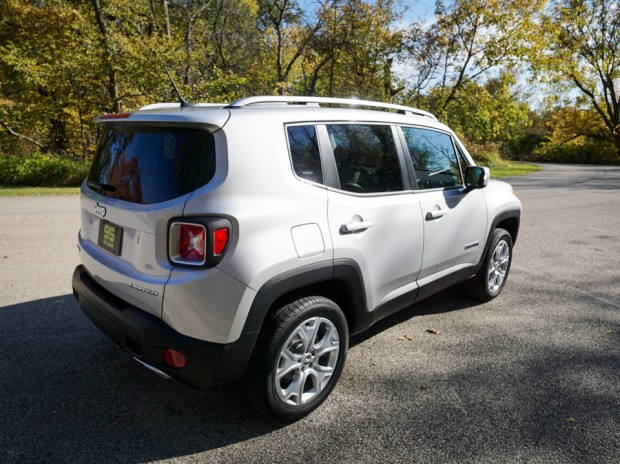 2015_jeep_renegade_limited_6