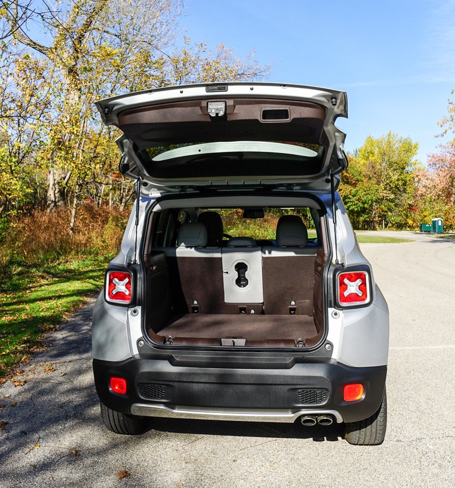 review 2015 jeep renegade limited 4x4 95 octane. Black Bedroom Furniture Sets. Home Design Ideas