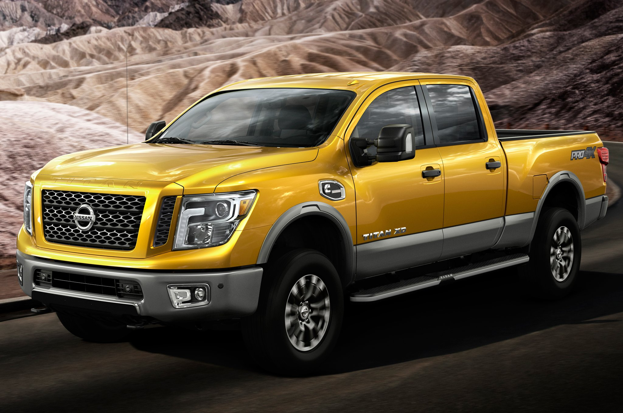 motortrend tests peg diesel titan xd at 20 8 mpg highway 95 octane. Black Bedroom Furniture Sets. Home Design Ideas
