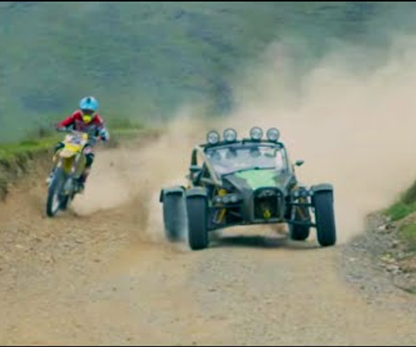 Ariel Nomad or Motorbike: Which Is Better Off-road?