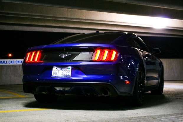 2015_ford_Mustang_ecoboost_12