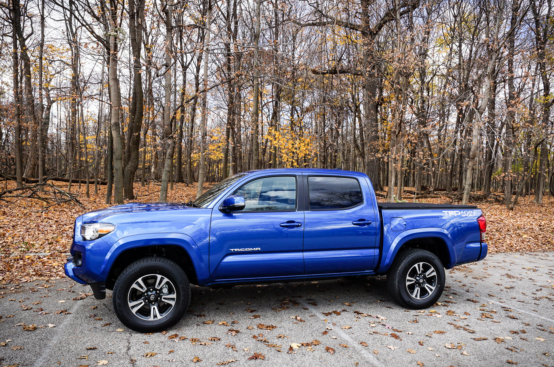 daily driving the 2016 toyota tacoma trd sport 4 4. Black Bedroom Furniture Sets. Home Design Ideas