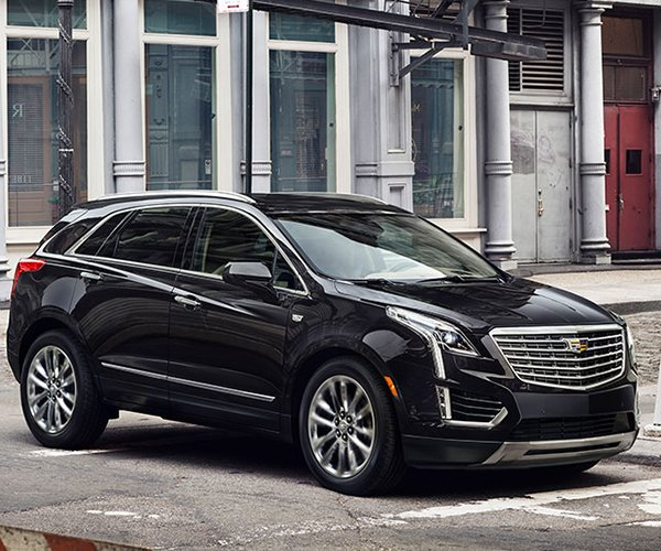 """2017 Cadillac XT5: A """"Lightweight"""" and Powerful Crossover"""