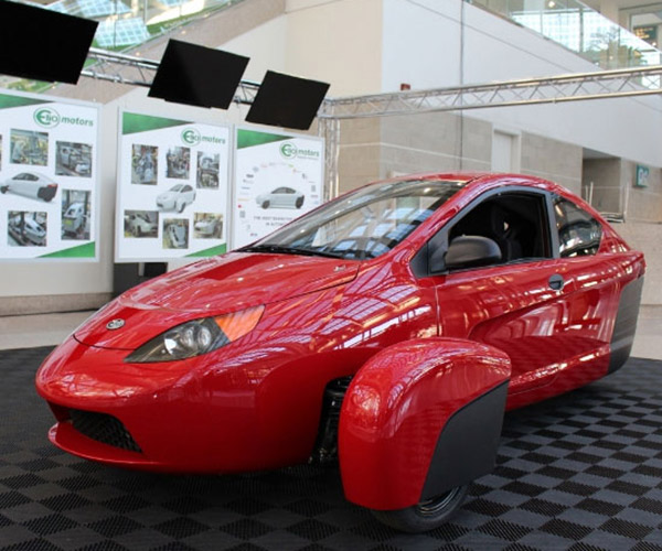 Elio Motors P5 Prototype Turns up at LA Auto Show