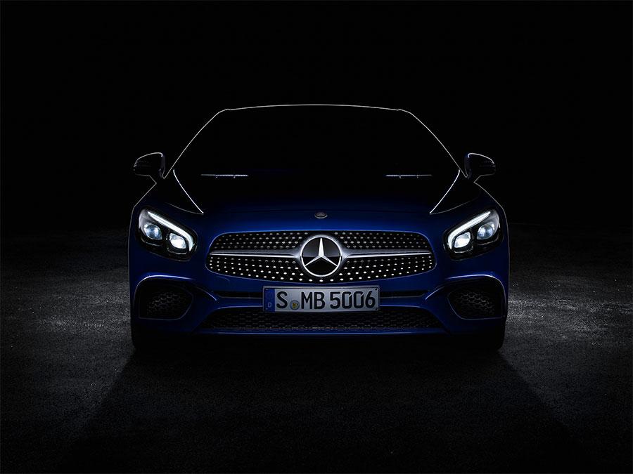 Mercedes SL Looks Fantastic in Teaser Photo