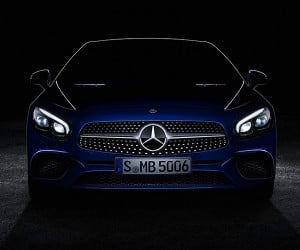 Mercedes SL Looks Fantastic in Teaser Photo