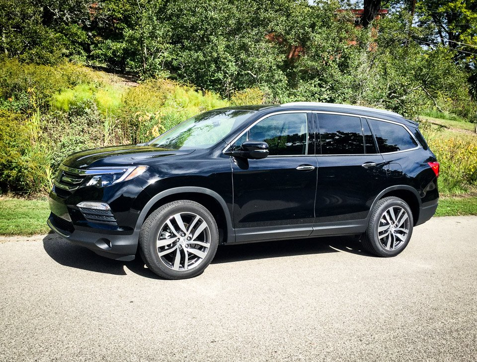 2016 honda pilot walkaround review. Black Bedroom Furniture Sets. Home Design Ideas