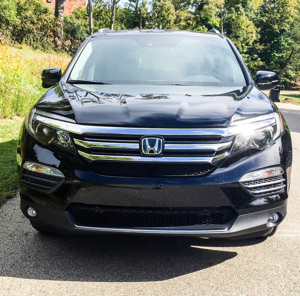 review 2016 honda pilot the thrill of driving. Black Bedroom Furniture Sets. Home Design Ideas