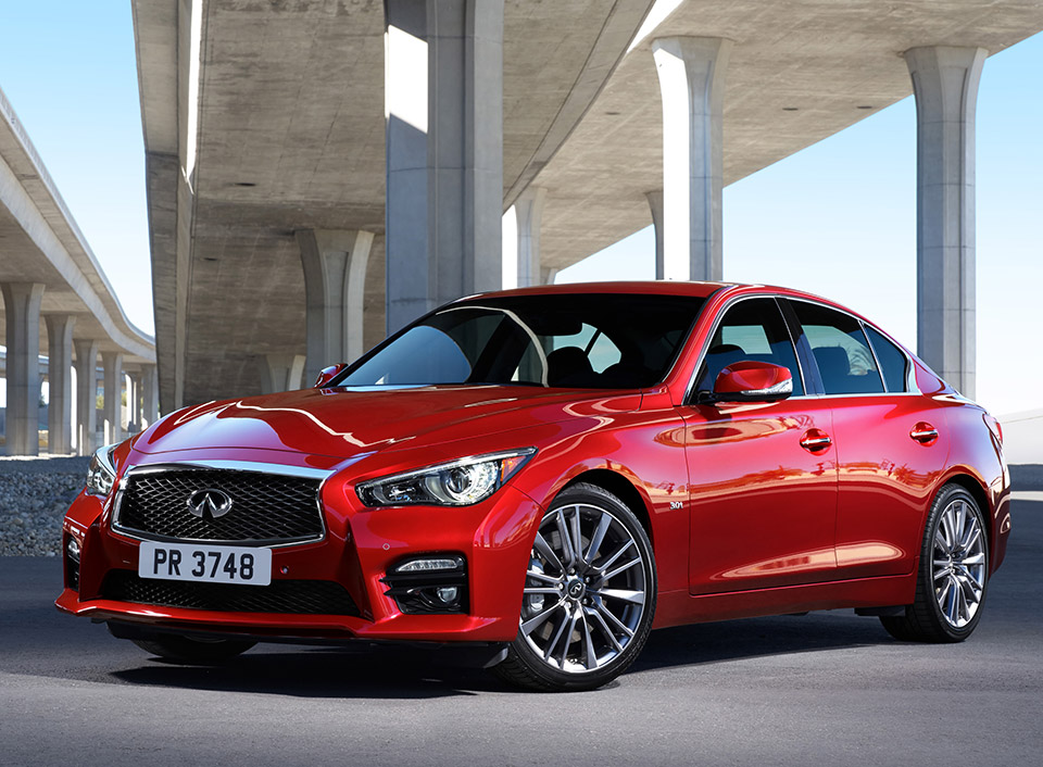 2016 Infiniti Q50 Twin Turbo V6 Detailed