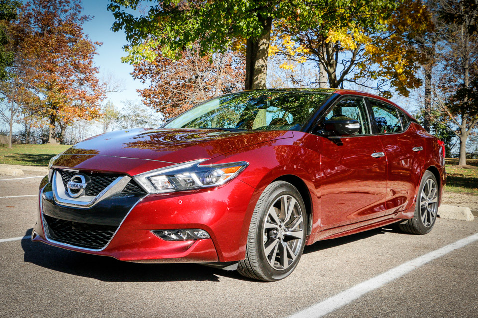 Review: 2016 Nissan Maxima