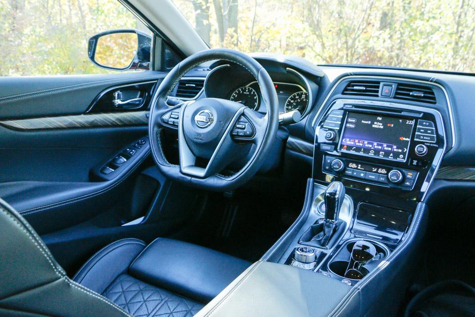 Review: 2016 Nissan Maxima - 95 Octane