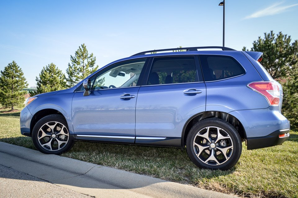 review 2016 subaru forester 2 0xt touring 95 octane. Black Bedroom Furniture Sets. Home Design Ideas
