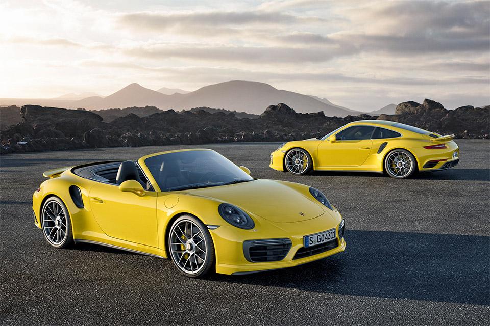 2017 Porsche 911 Turbo S Hits 60mph in 2.8 Seconds
