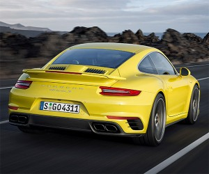 2017 Porsche 911 Turbo S Hits 60mph in 2.8 Seconds