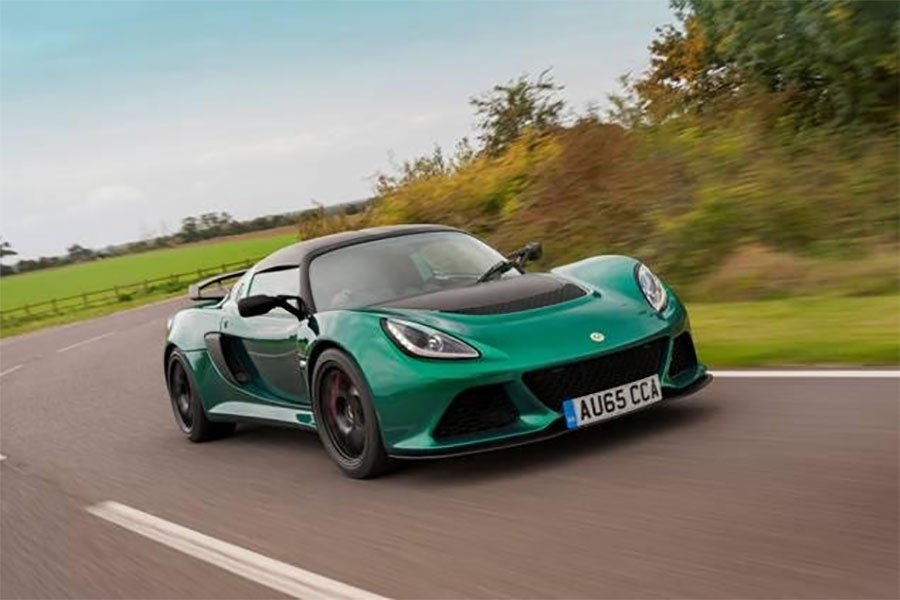 Lotus Exige Sport 350 is Light, Fast, and Plaid