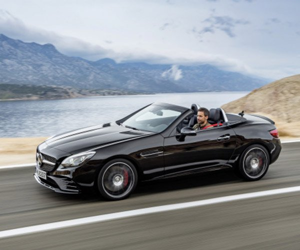 2017 Mercedes-Benz SLC 300 / AMG SLC 43