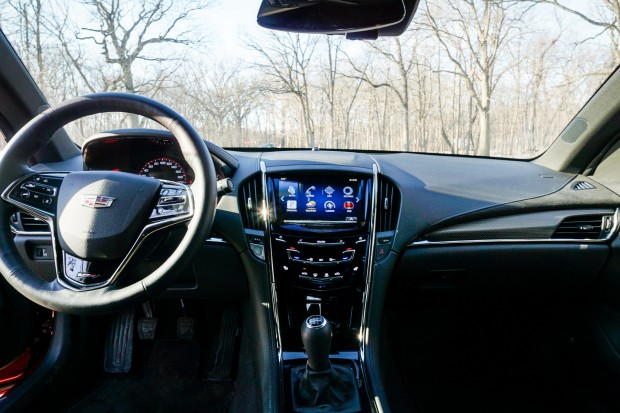 2016_cadillac_ats_v_review_12