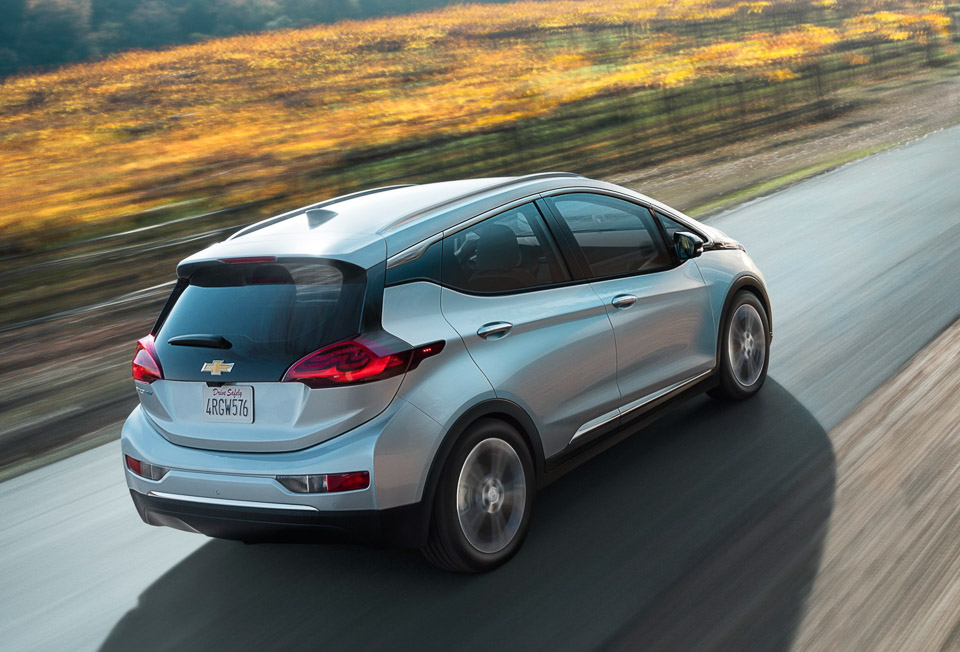 2017 chevy bolt 200 miles per charge half the cost of a tesla 95 octane. Black Bedroom Furniture Sets. Home Design Ideas