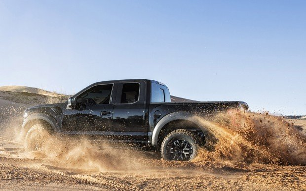 2017_ford_raptor_supercrew_4