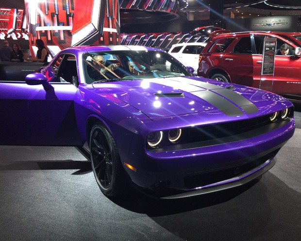 dodge_plum_crazy_color_2