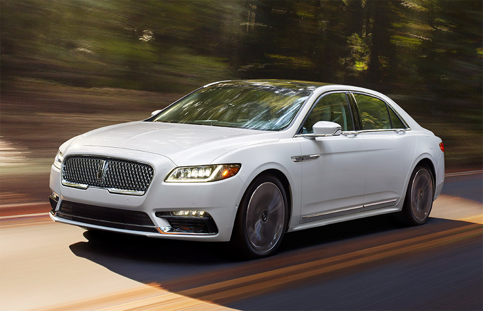 2017 Lincoln Continental Packs Comfort, Tech, Performance