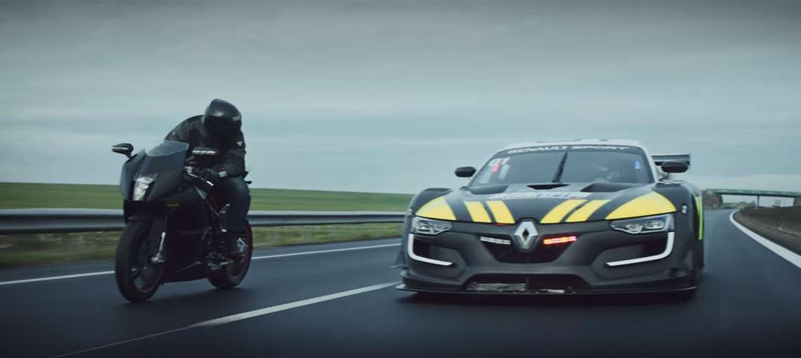 Renault Sport R.S. 01 Interceptor Makes Me Want to be a Cop