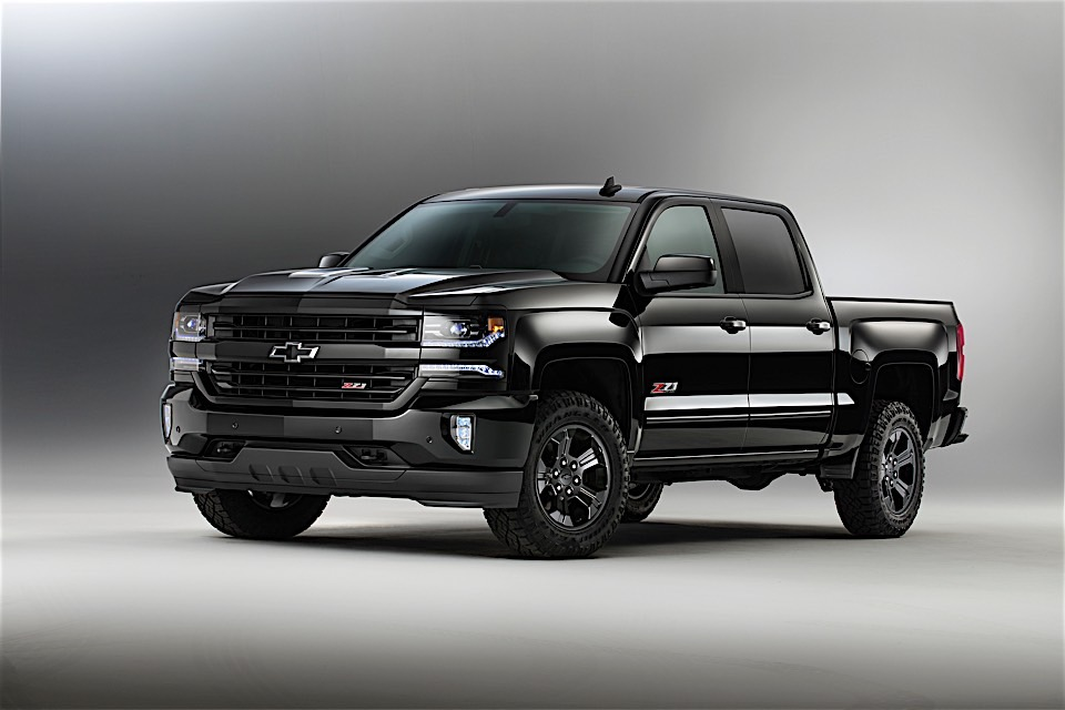 chevrolet expands midnight edition package to all trucks. Black Bedroom Furniture Sets. Home Design Ideas