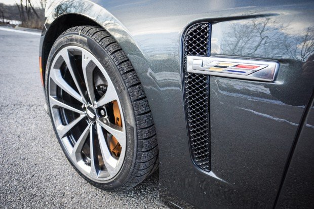 2016_cadillac_cts_v_review_6