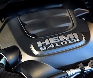 2017 Ram Heavy Duty 6.4-liter HEMI® V-8