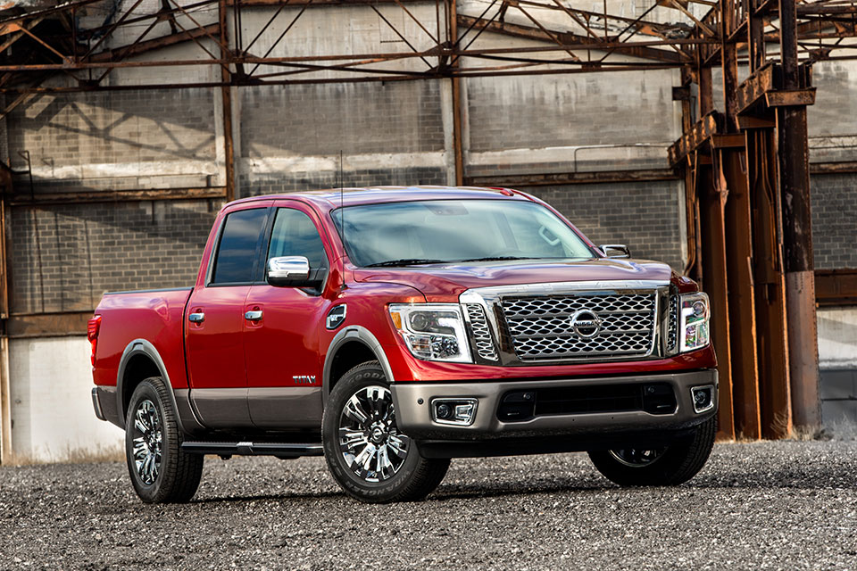 2017 Nissan Titan Half-Ton Truck Details Revealed