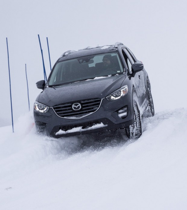 mazda_ice_academy_awd_demos_10