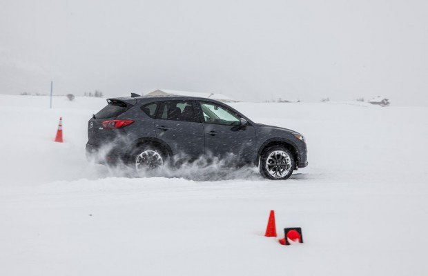 mazda_ice_academy_awd_demos_9