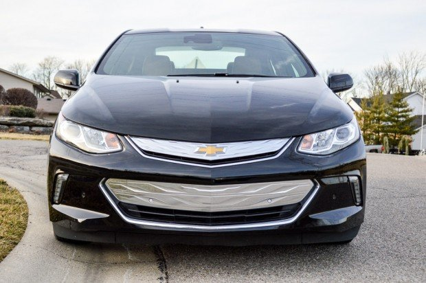 2016_chevy_volt_ev_review_2