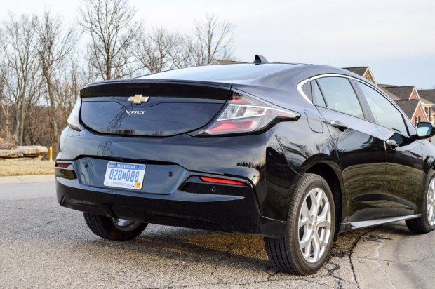 2016_chevy_volt_ev_review_4