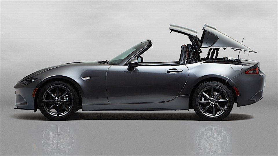 Mazda Steals the Show with the 2017 MX-5 RF