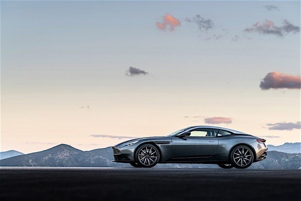 Aston Martin DB11_2
