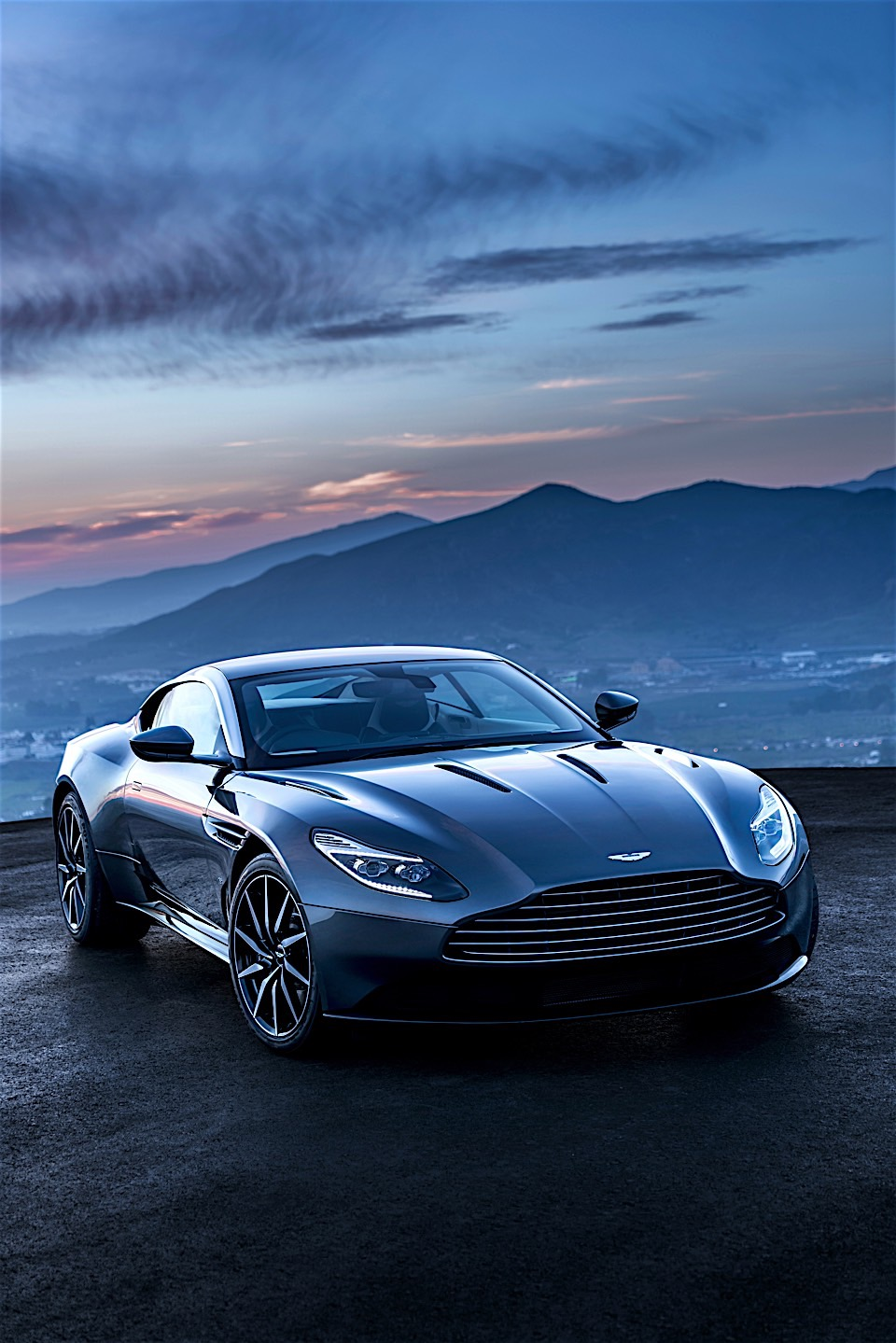 aston martin db11 latest transcontinental tourer 95 octane. Black Bedroom Furniture Sets. Home Design Ideas