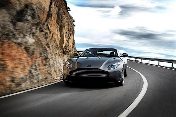 Aston Martin DB11_4
