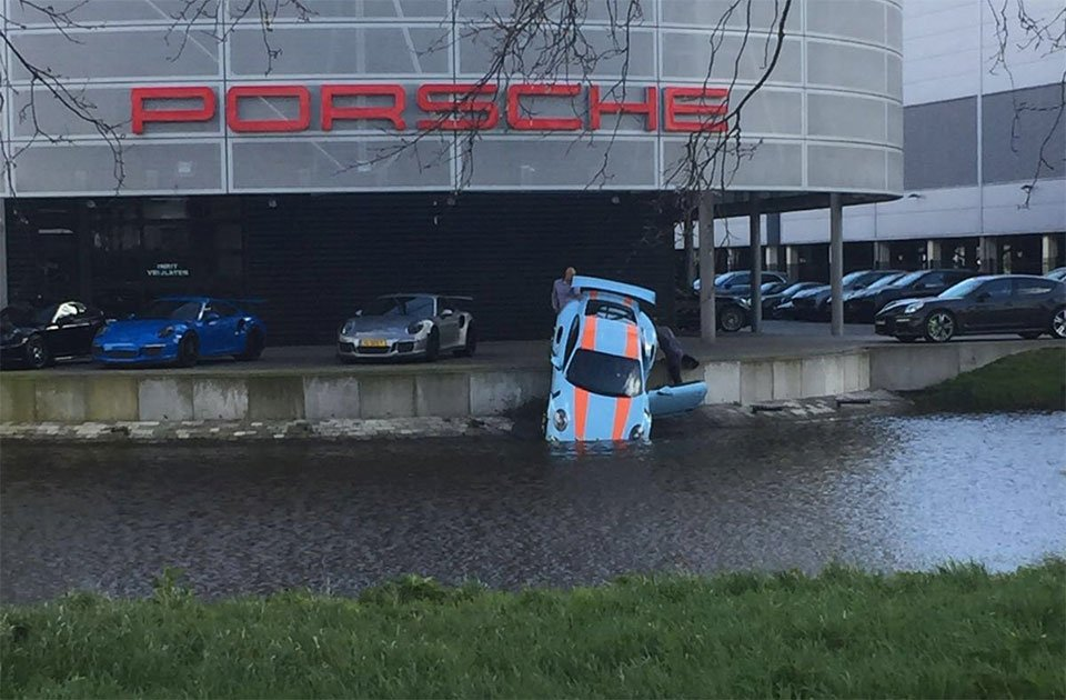 Porsche Dealership Accident Puts 911 GT3 RS into the Drink