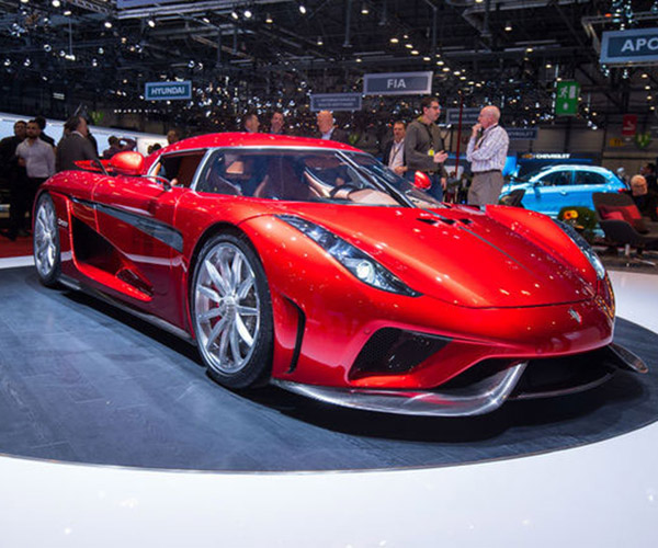 Koenigsegg Regera Loses Weight in Production Form