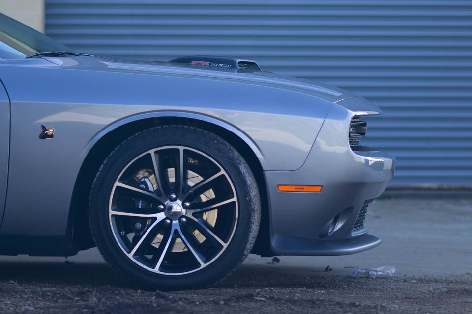 road test 2016 dodge challenger r t scat pack shaker 95. Black Bedroom Furniture Sets. Home Design Ideas