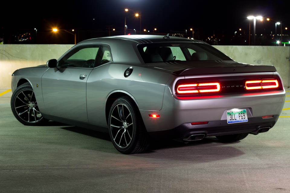 road test 2016 dodge challenger r t scat pack shaker. Black Bedroom Furniture Sets. Home Design Ideas