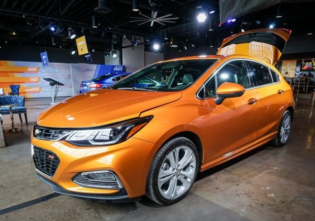 2016_chevy_cruze_review_1-2