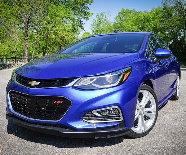 First Drive Review: 2016 Chevrolet Cruze