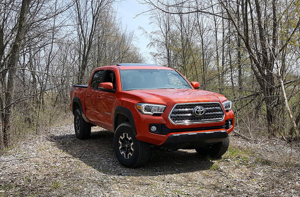 review 2016 toyota tacoma trd off road with manual 95 octane. Black Bedroom Furniture Sets. Home Design Ideas
