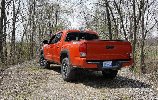 Toyota-Tacoma-Review_9