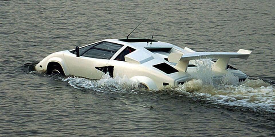 Amphibighini Proves the Lamborghini Countach Walks on Water
